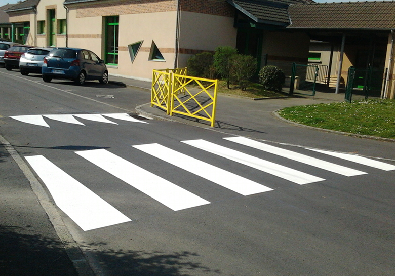 marquage_sol_routier_ducey_normandie_urbasign